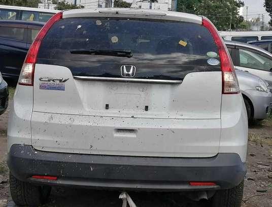 Honda CR-V image 2