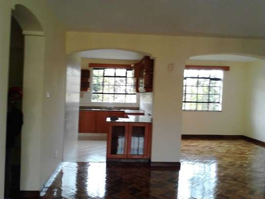 2 bedroom apartment for rent in Riverside image 10