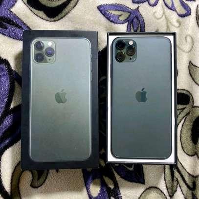Apple Iphone 11 Pro Max Green 512 Gb In Prestine Condition image 4