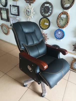 Executive Office Chairs OC120 image 2