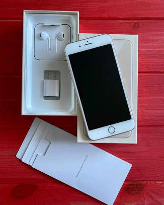 iPhone 8 64gb,128gb image 1
