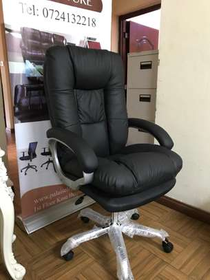 Walter Executive Office Chair