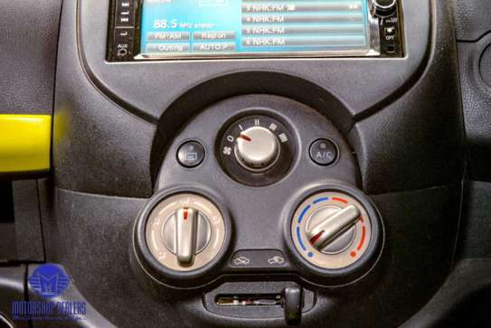 Nissan March image 13