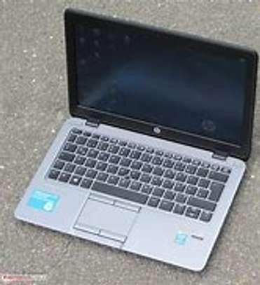 Hp EliteBook 820 G1/ci5/4GB/500GB image 2