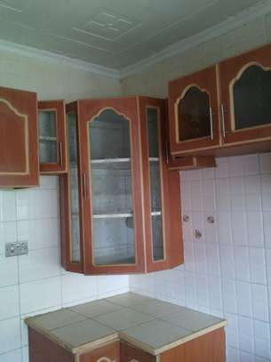 On sale; An elegant 7 bedroom maisonette in Ongata Rongai image 9