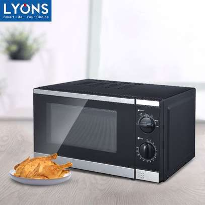 Lyons Microwave Oven 20L. image 4