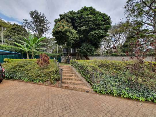 Furnished 3 bedroom house for rent in Rosslyn image 13