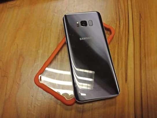 Samsung s8 plus image 4