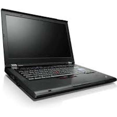 Lenovo t420i core i3 4gb ram 320gb HDD 14 inches. image 3