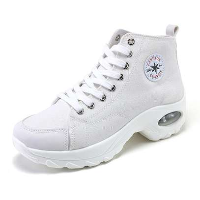 Converse sneakers image 7