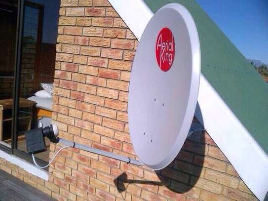 DSTV/OVHD Installations and Repairs Same Day Service image 7