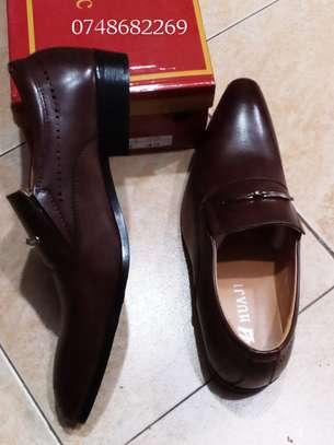 Men's official shoes. image 1