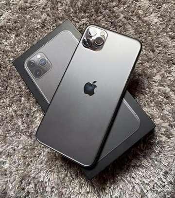 Apple 11 pro 512gb green Black Friday offer image 2