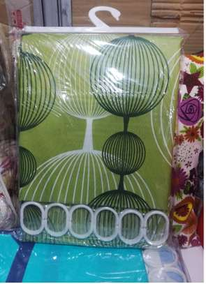 GREEN SHOWER CURTAINS image 1
