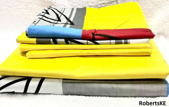 Yellow-grey bedsheet 6by6 image 1