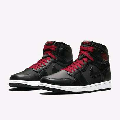 Nike Air Jordan 1 high retro image 5