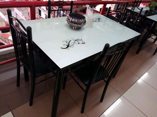 Dining table 4seater