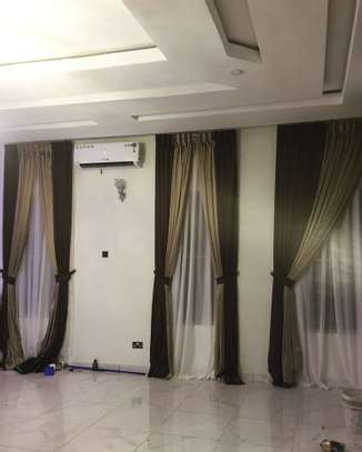 CURTAINS AND SHEERS DECOR image 2