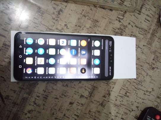 Used smartphone, looks new, no scratches, all accessories available. image 4