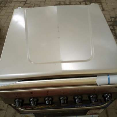 free standing cooker image 4