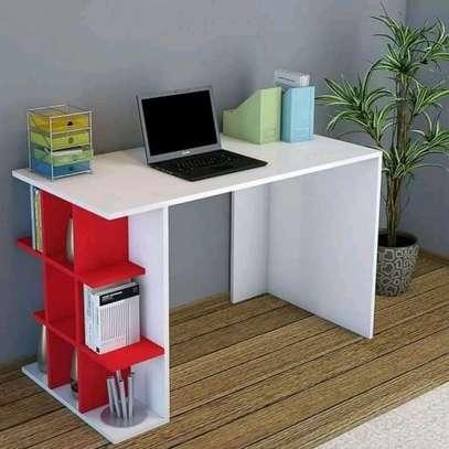 Study table image 1