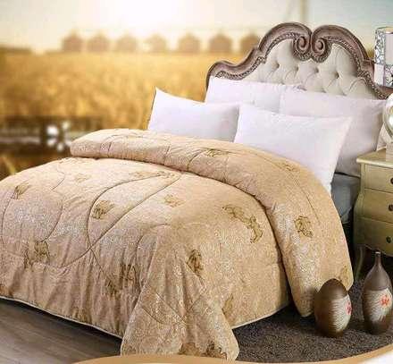 Heavy silk/cotton duvet image 1
