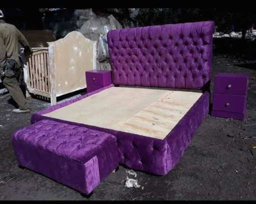 Queens Purple Bed With Footb Rest