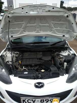 Mazda Dimeo(white)