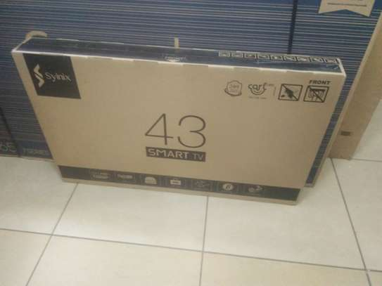 "43"" SYINIX SMART  TV"