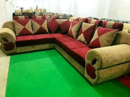 7-seater Classic L-shaped sofa image 1