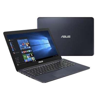 Asus Intel Laptop image 2