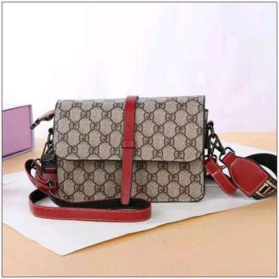 handbags image 3