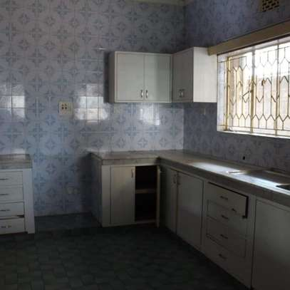An old fashioned 3bedroom bungalow for commercial use image 6