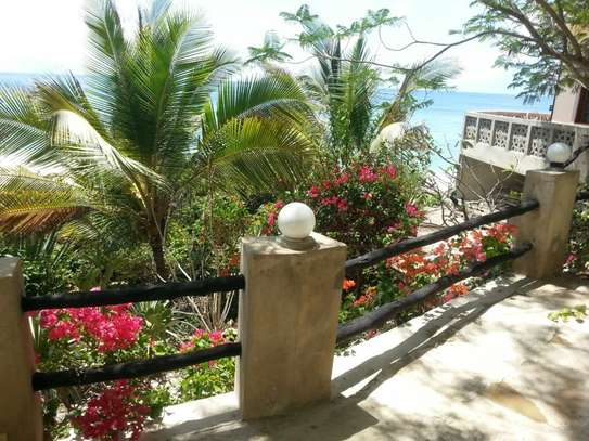 2br furnished beachfront apartment for rent in Nyali. id 2195 image 10