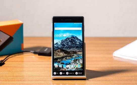 Lenovo Tab 7 Essential image 1