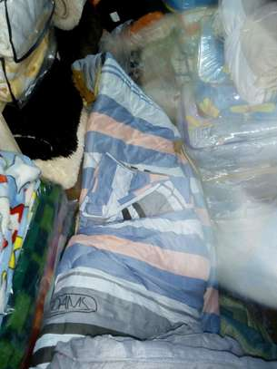 Duvets and blankets image 11