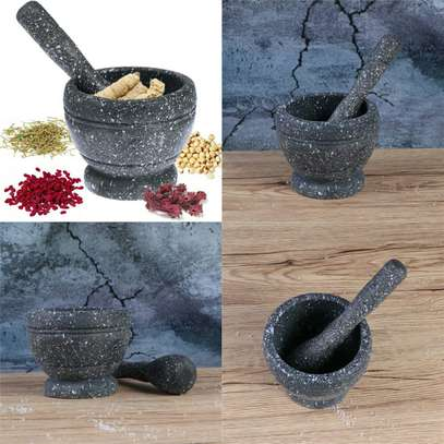 MORTAR & PESTLE SPICE CRUSHER