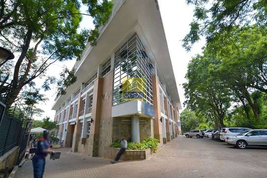 3670 ft² office for rent in Westlands Area image 1