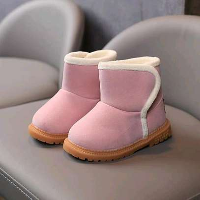 Girls warm boots image 3