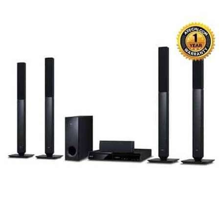 LG 657 home theater system image 1