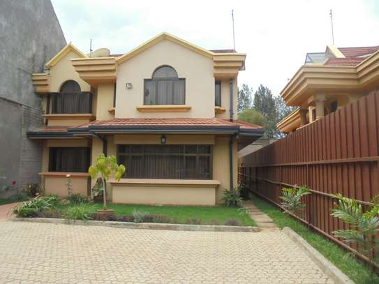 Furnished 4 bedroom townhouse for rent in Runda image 2