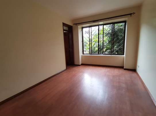 AN EXCEPTIONAL 3 BEDROOM APARTMENT ALL ENSUITE WITH DSQ image 12