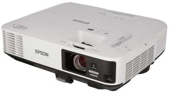 Epson  EB 2265U projector image 1