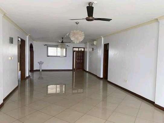 Very spacious 4 Bedroom sea view apartments to let at nyali Mombasa Kenya image 1