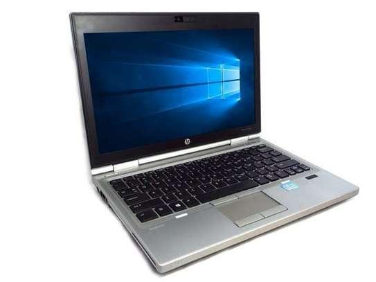 HP 2570p image 2