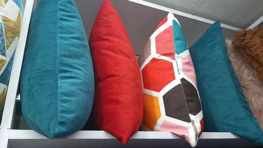 SUPER MIX AND MATCH THROW PILLOWS image 2