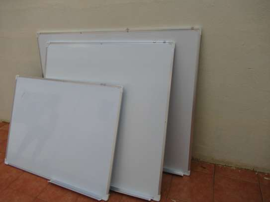 WHITE BOARDS image 1