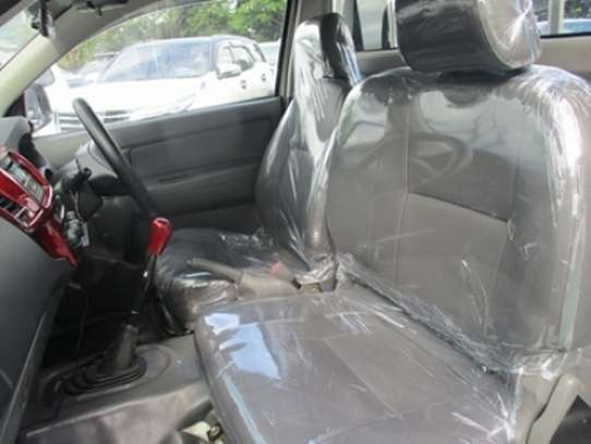 Toyota Hilux image 5