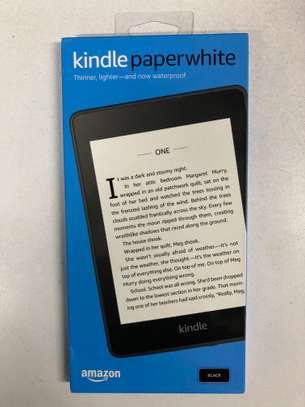Amazon Kindle Paperwhite 8GB image 2