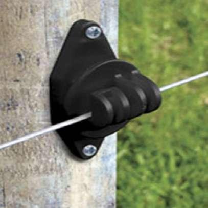 Claw insulators image 1